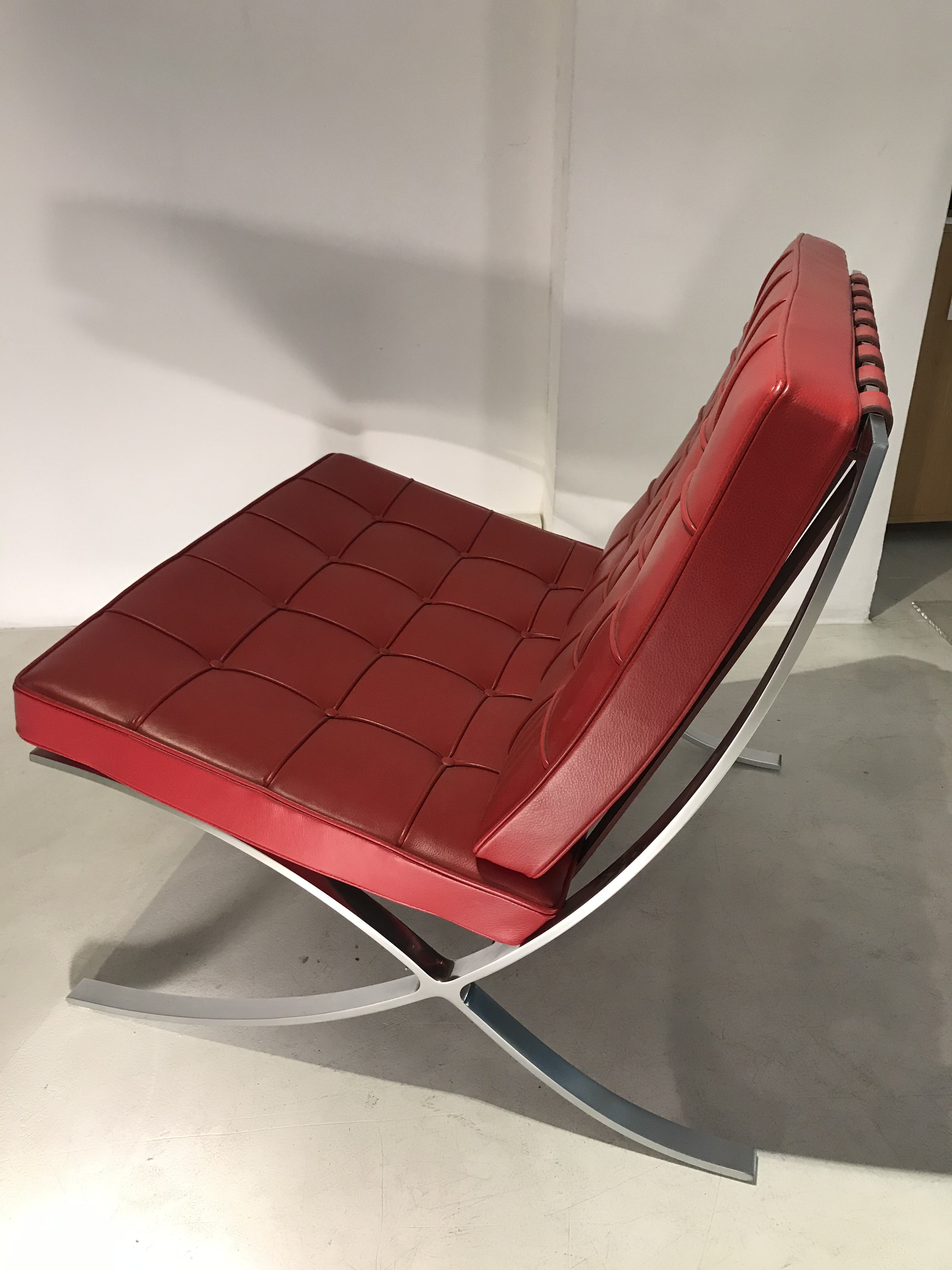 BARCELONA chair design Mies Van Der Rohe original Knoll icon Made in Italy