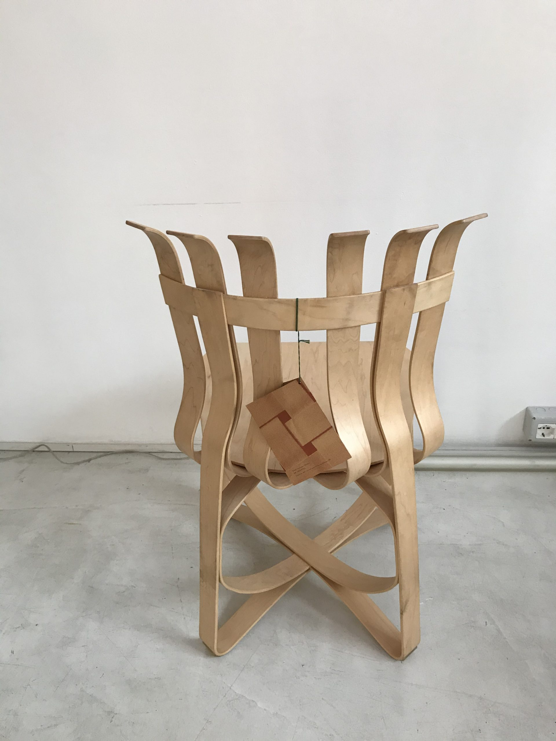 Knoll Frank Gehry Hat Trick Chair