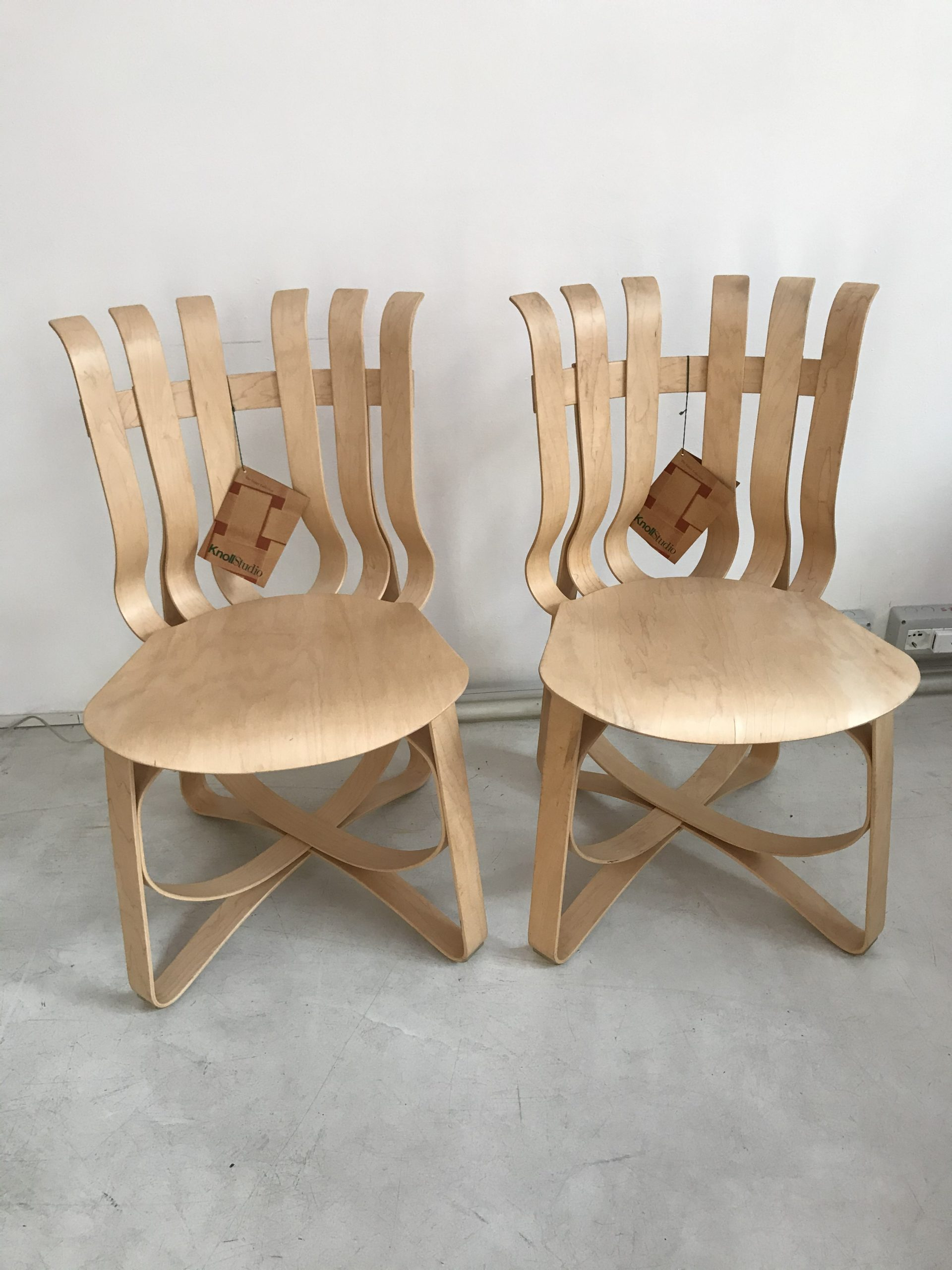 Hat Trick Chair Frank Gehry Knoll