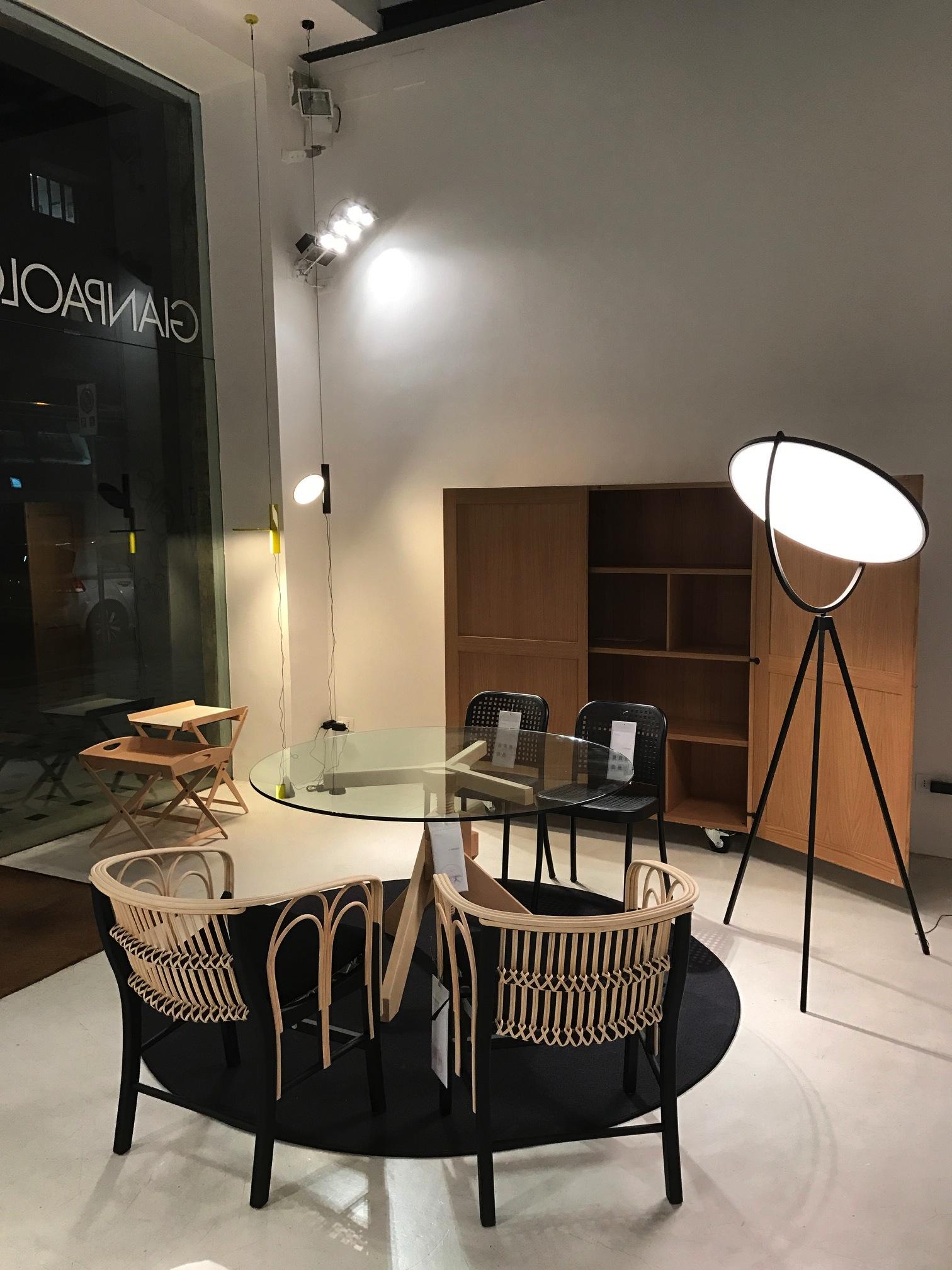 Vico Magistretti sedia Uragano design De Padova Made in Italy