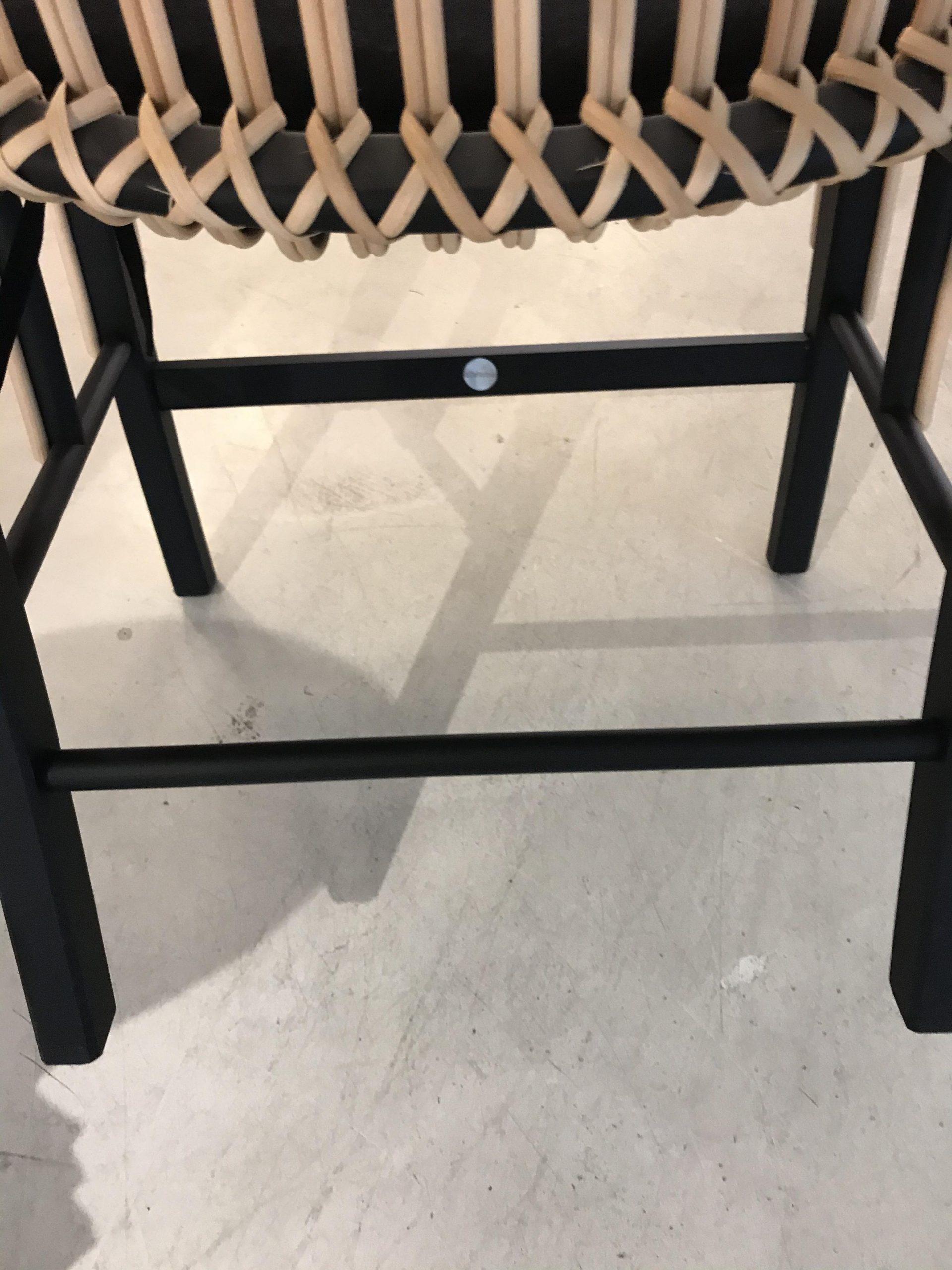 URAGANO Vico Magistretti De Padova原创椅子设计意大利制造